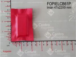 IMÁN FORRADO EN PIEL 47X22X9 mm PELLIZCO CLAVE: FOPIELCB61P